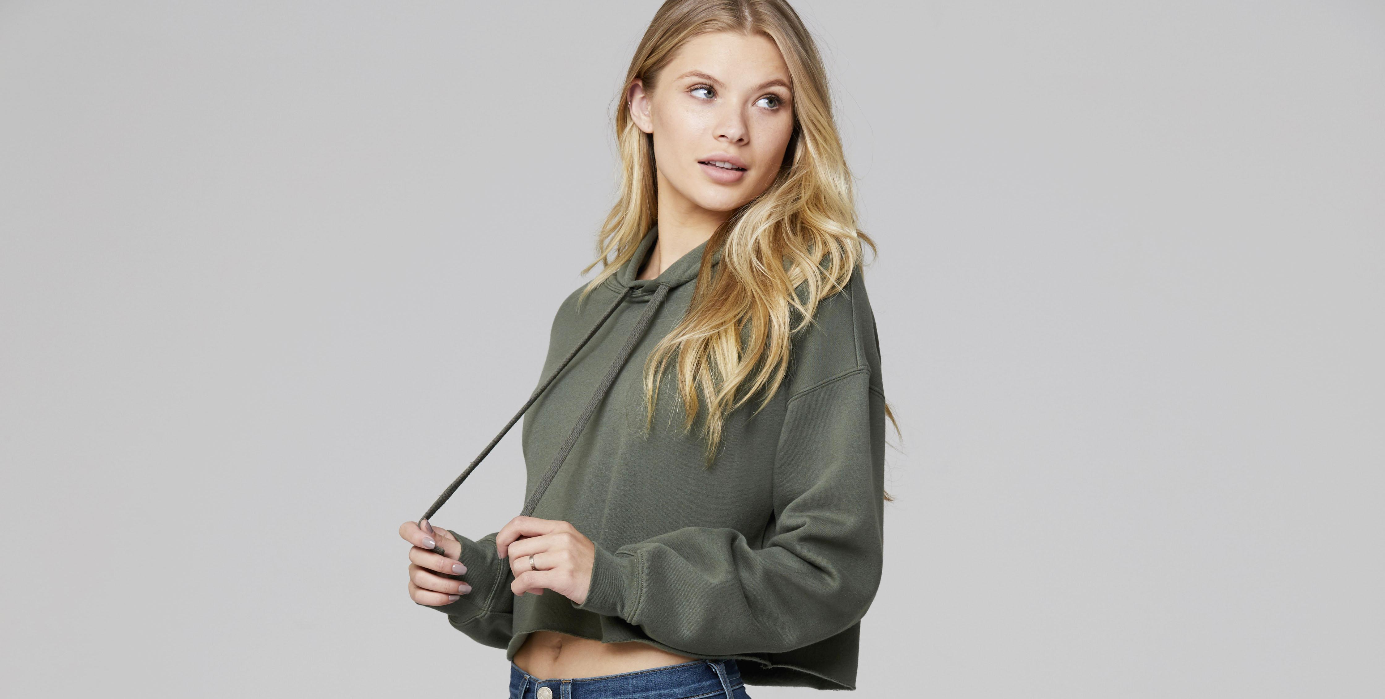 7502 cropped fleece hoodie